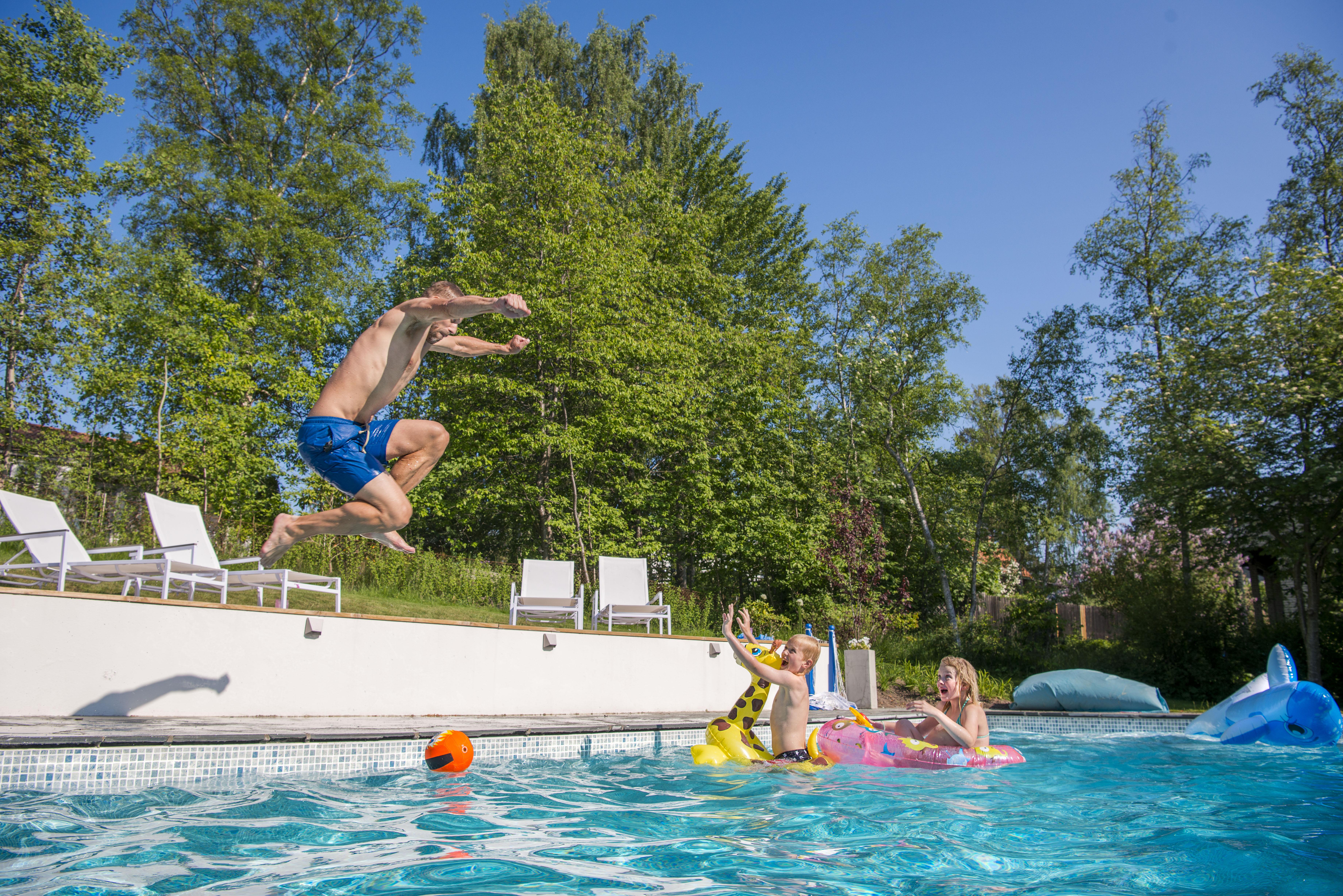 Hos oss används poolen flitigt